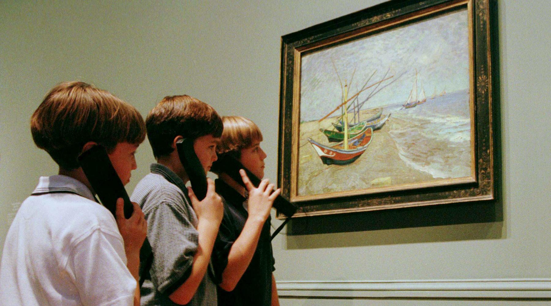 На выставке Ван Гога: в чём разница детского и взрослого восприятия картин голландского мастера