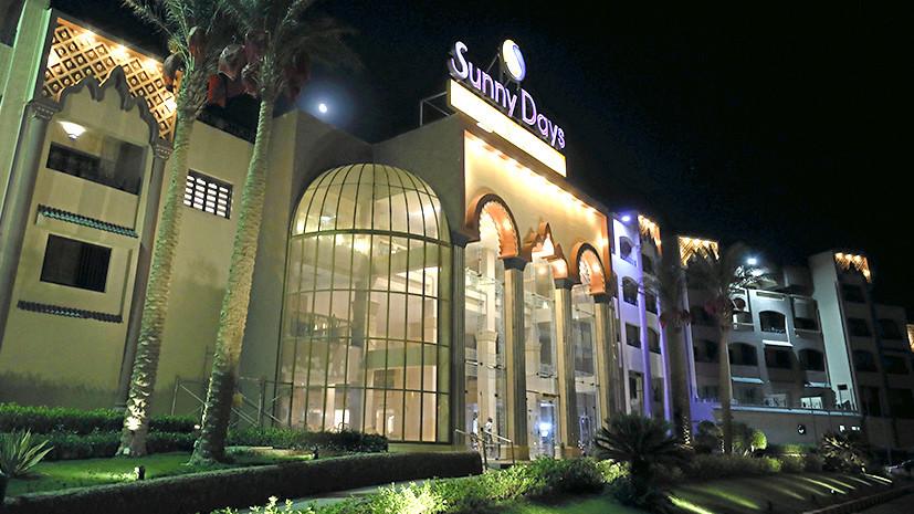 Атака на курорте: неизвестный с ножом напал на туристов в Египте, ранена россиянка