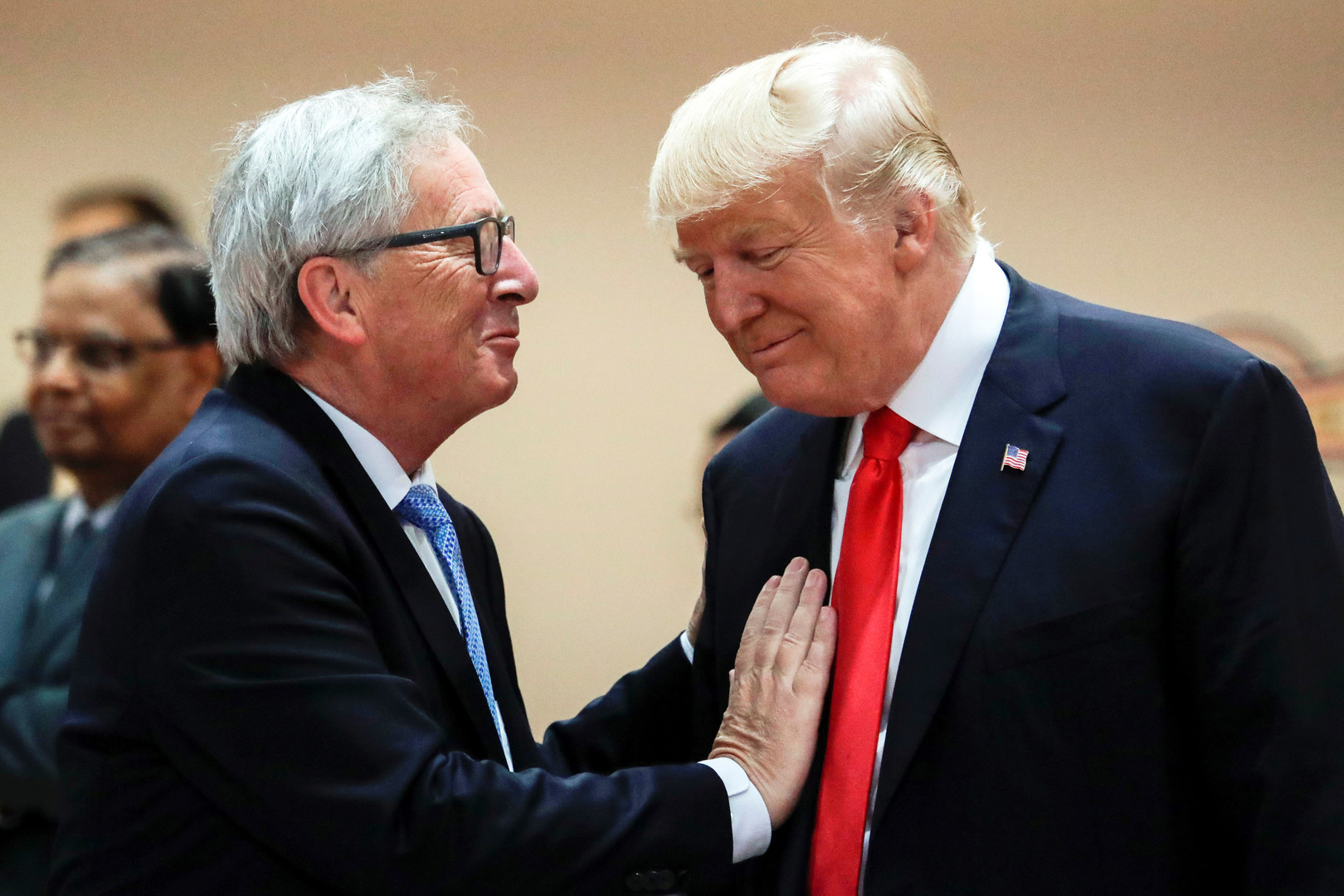 Европейский барьер: в Брюсселе готовят ответ на новые санкции Вашингтона против России