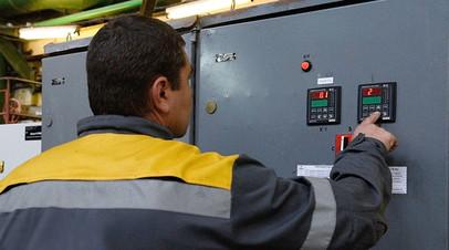 «Ещё один шаг на пути отторжения территорий»: что последует за прекращением поставок украинского электричества в Донбасс