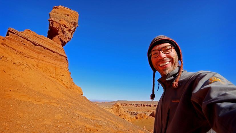 Экстремальная этнография: как фотограф потерялся в пустыне и попал в тюрьму во время изучения коренных народов