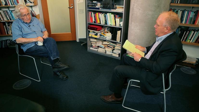 «Реквием по американской мечте»: Хомский рассказал, как власть в США перешла к элитам