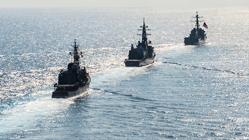 Списали на берег: как серия аварий в ВМС США привела к увольнению командующего флотом