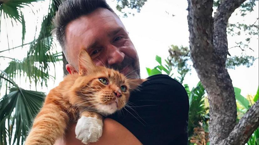 Шнуров станет ведущим программы «Главный котик страны»