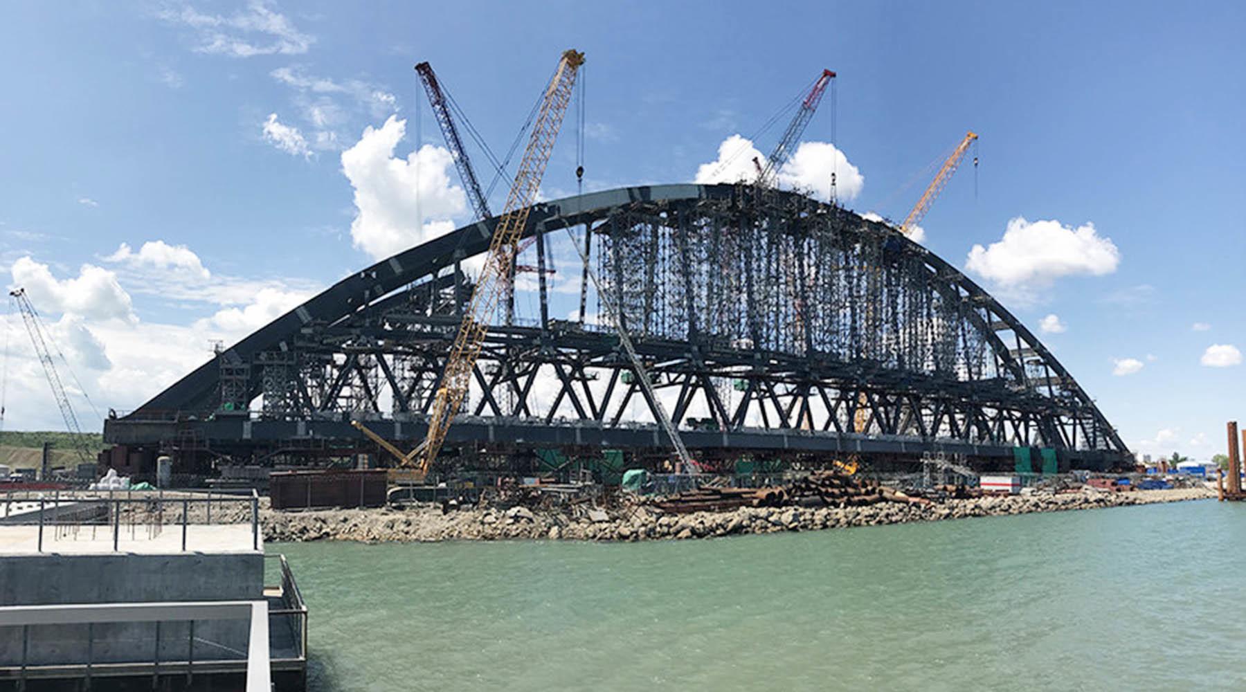 Украина готовит иск к России в связи с убытками портов из-за строительства Крымского моста