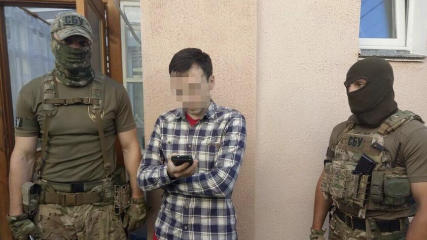 «Есть команда сверху»: на Украине прошли обыски у оппозиционного журналиста Муравицкого