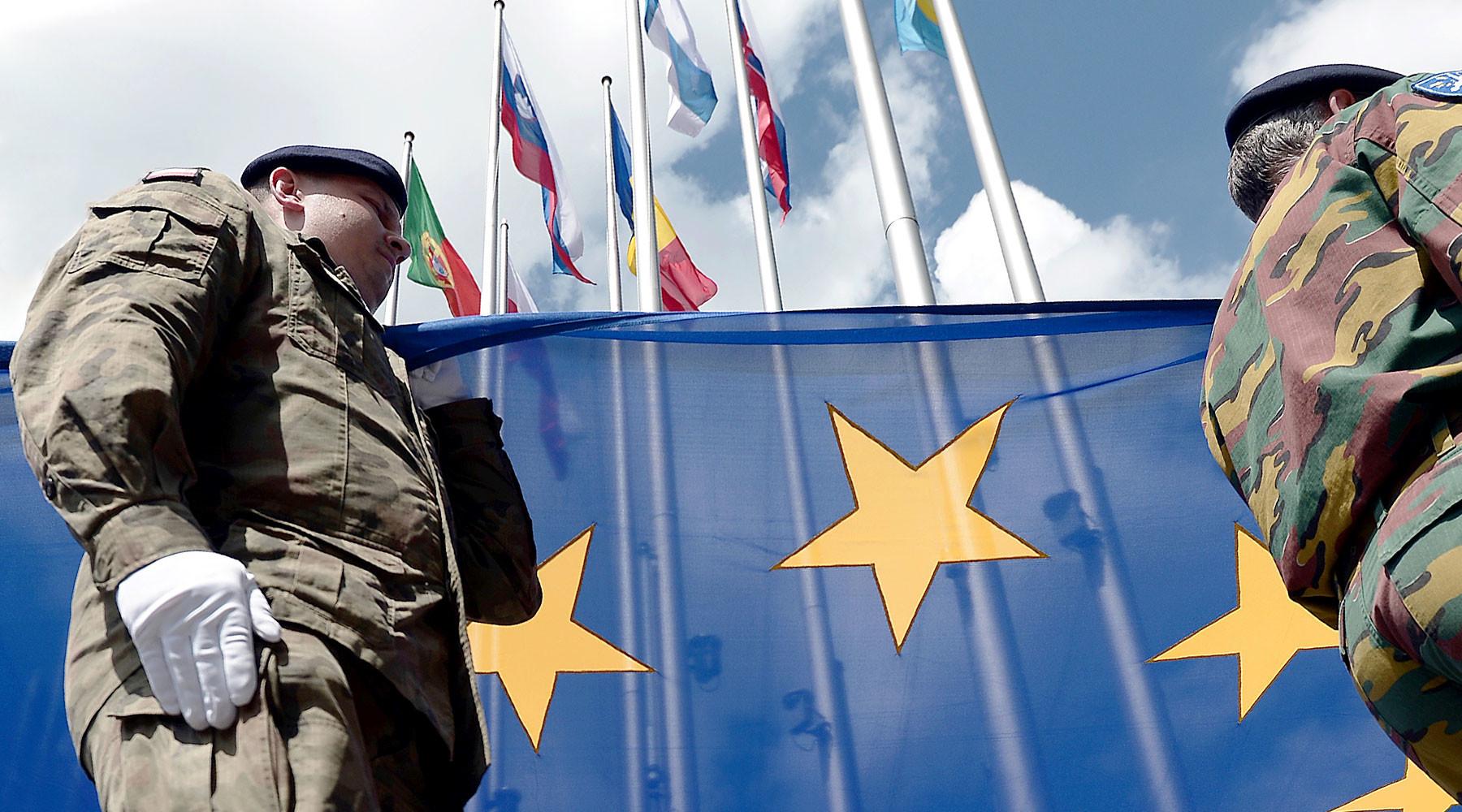 в Европейском парламенте предложили создать новую структуру для обороны ЕС »
