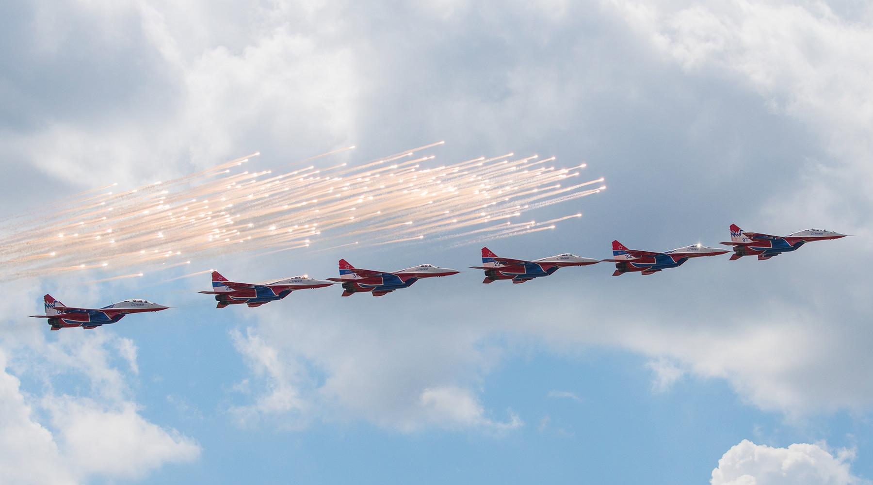 105 лет содня основания ВВС России