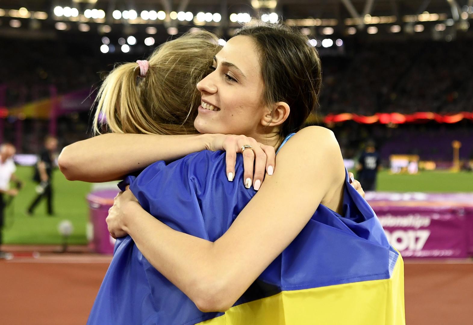 Спорт без границ: как Ласицкене и украинка Левченко поздравили друг друга на чемпионате мира
