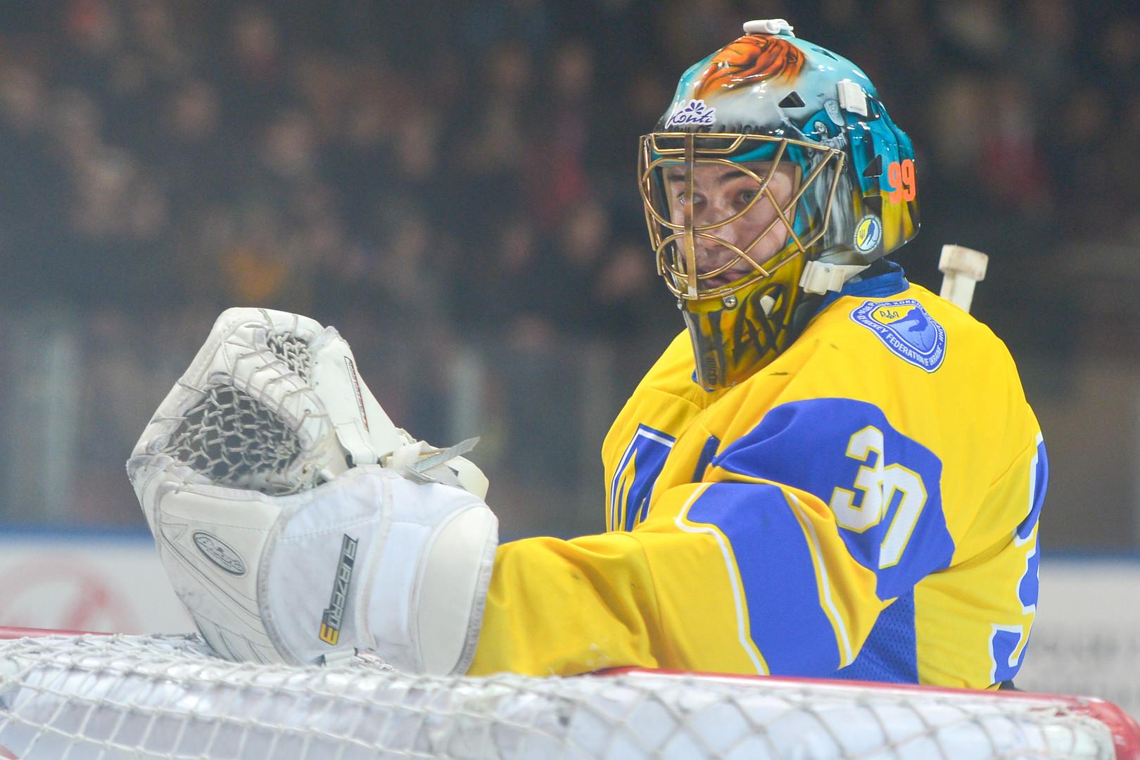 Хоккейный долг: два игрока сборной Украины признались в сдаче матча ЧМ и обещали вернуть по $30 тысяч