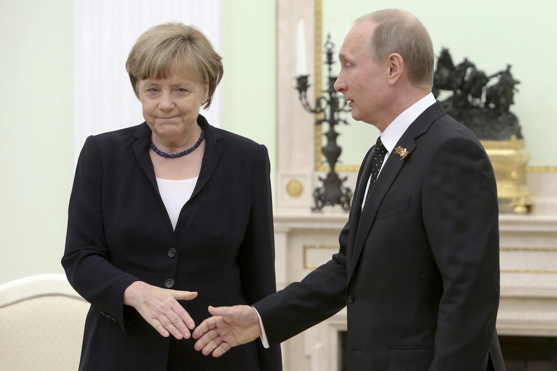 Кандидат в канцлеры ФРГ заявил о необходимости признать Крым частью России