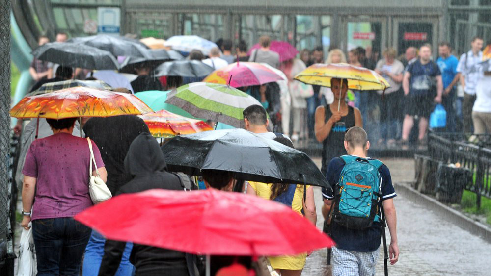 Погода снижает градус: на смену жаре в Москву снова придут дожди и грозы