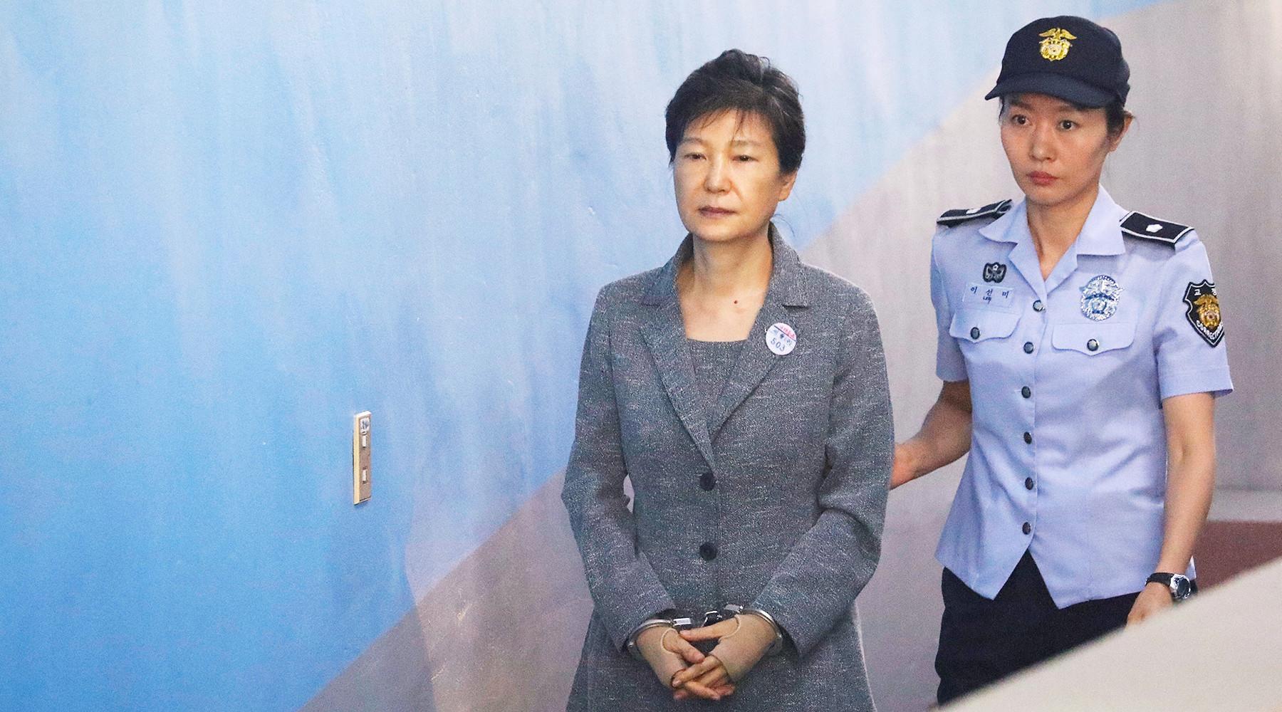 Вице-президент Samsung Electronics осуждён на пять лет по коррупционному делу