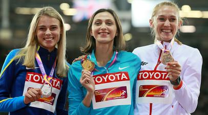 Юлия Левченко (Украина) - серебряная медаль, Мария Ласицкене (АNA) - золотая медаль, Камила Лицьвинко (Польша) - бронзовая медаль