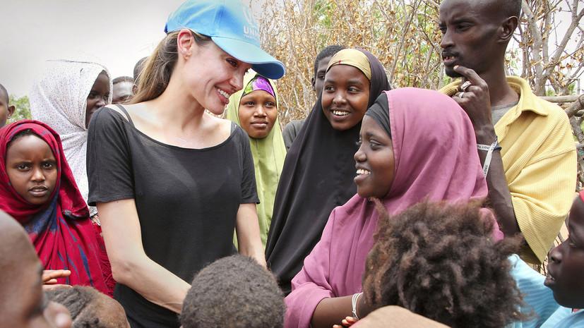 Помощь ближнему: почему благотворительность приобретает всё большую популярность