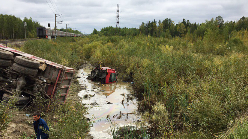 Источник: число пострадавших при столкновении поезда с грузовиком в ХМАО возросло до 15