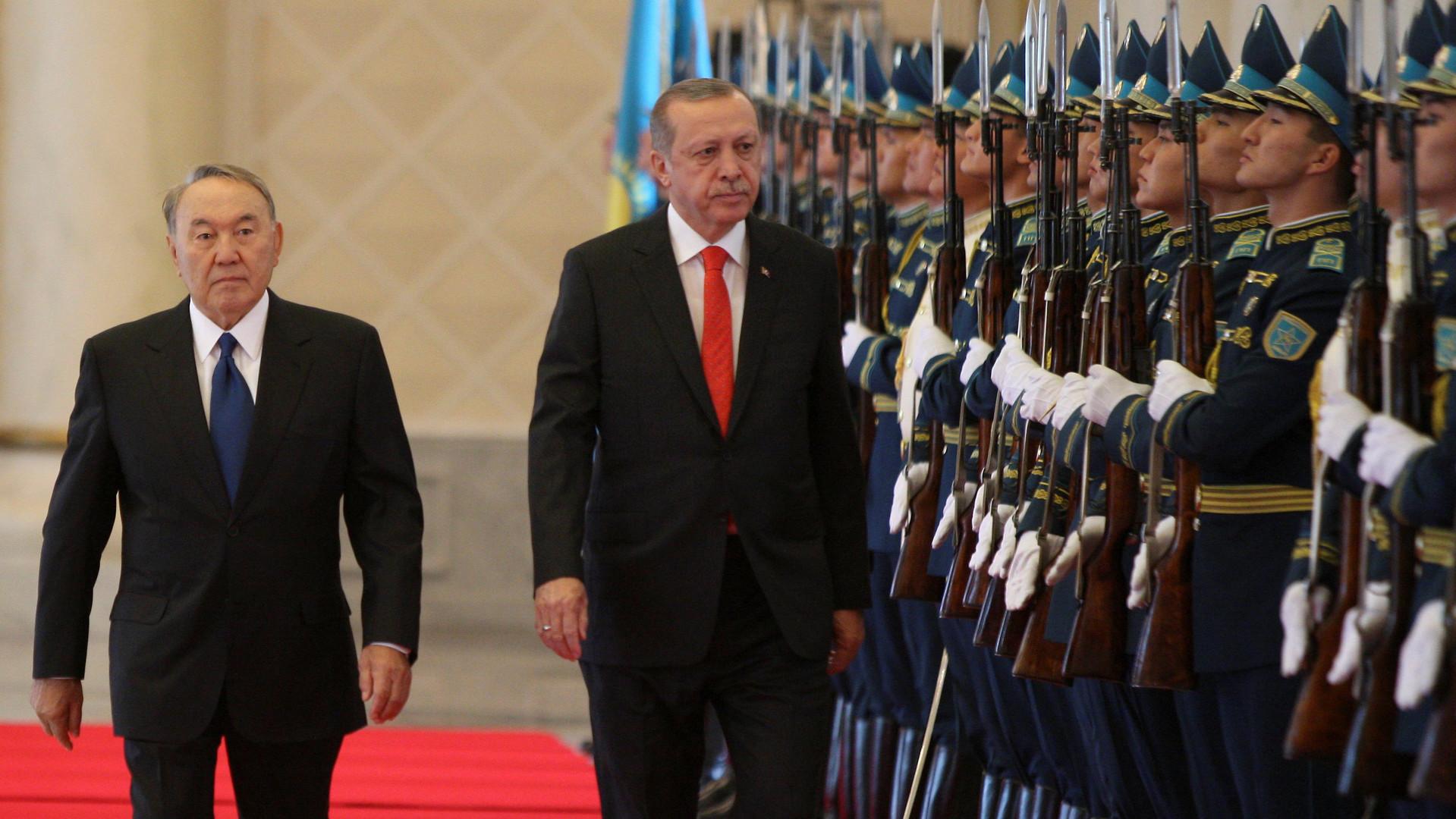 Своя игра: зачем президент Турции приехал в Казахстан