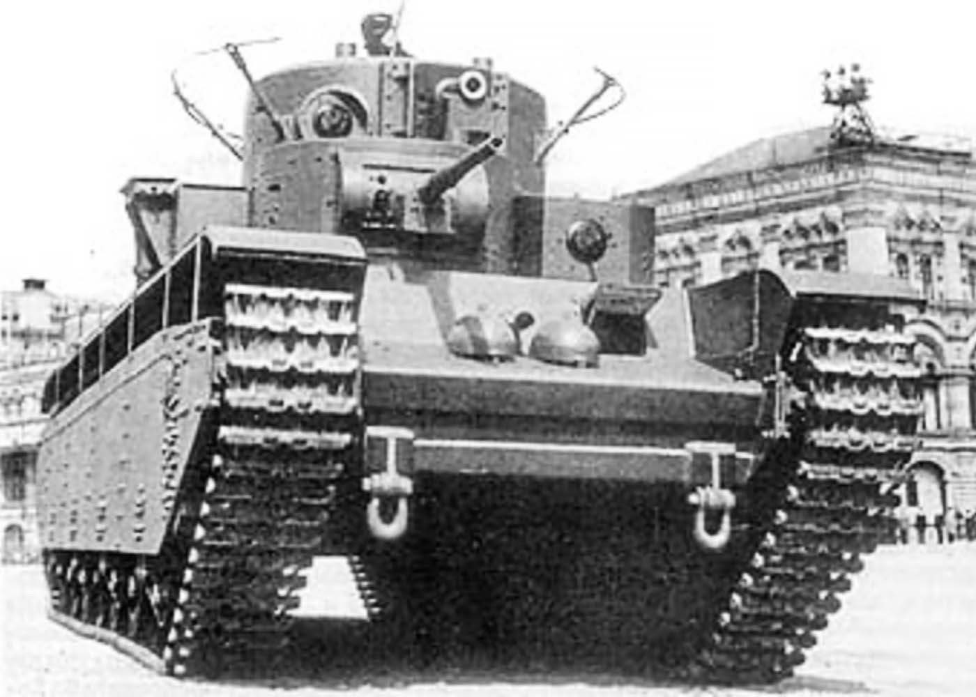 От «лоханей» до машин третьего поколения: какой путь прошли танковые войска за 100-летний период