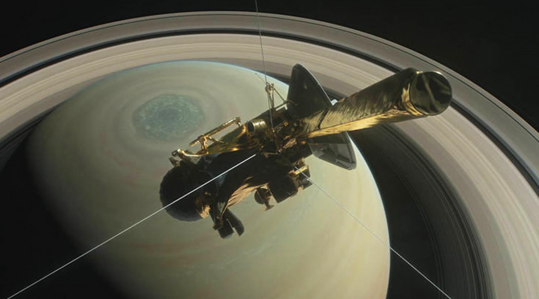 Межпланетная станция сгорела в атмосфере Сатурна
