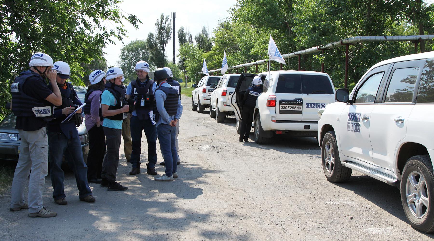 Как Запад реагирует на российский план ввода «голубых касок» на Донбасс