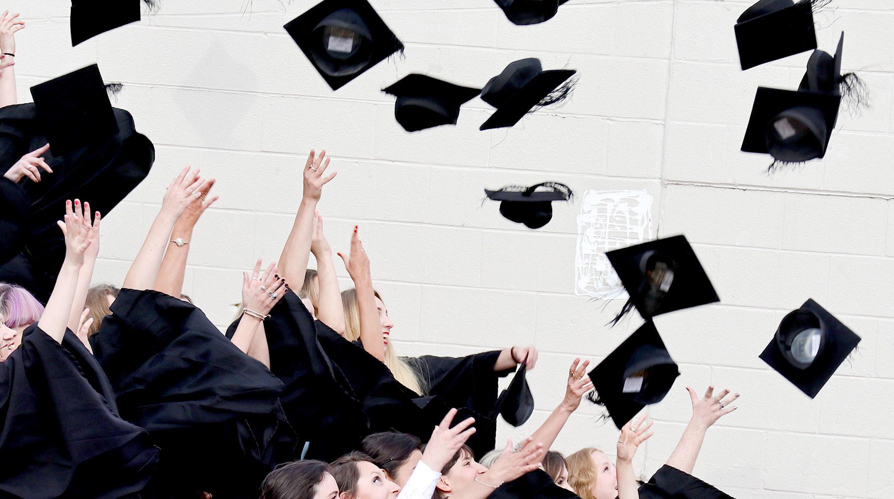 в России могут перевести на блокчейн дипломы вузов»