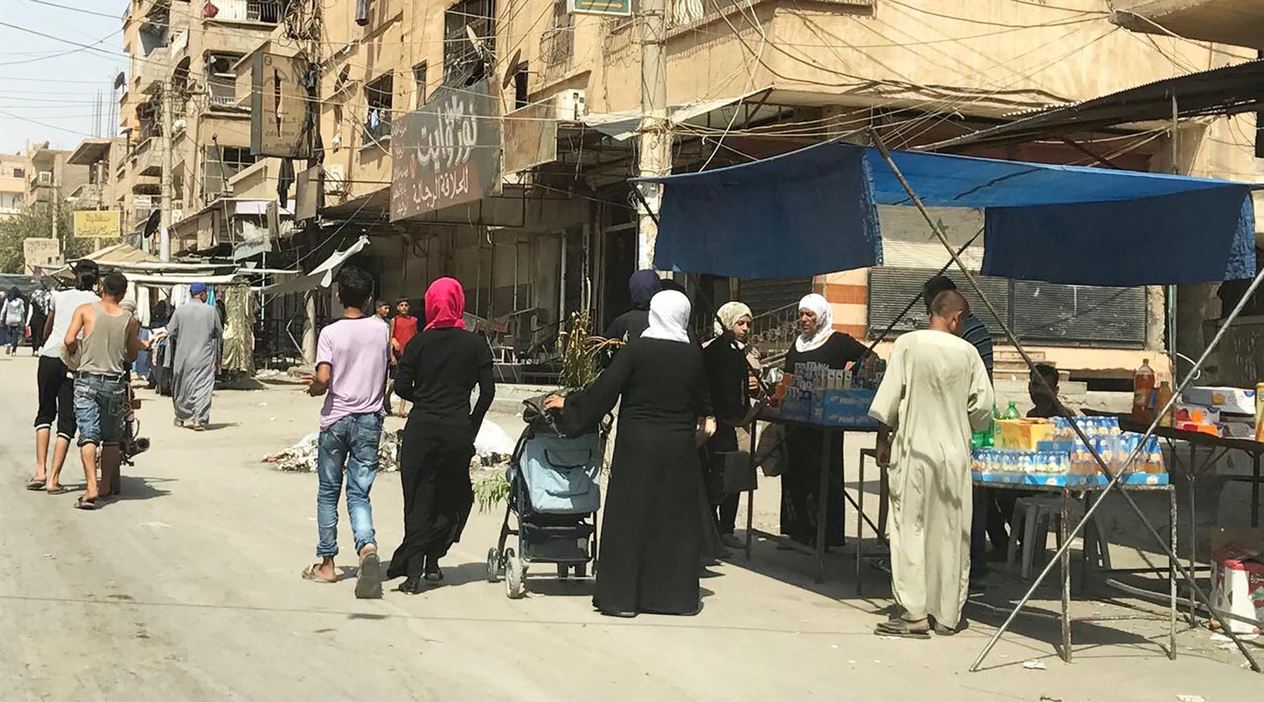 После осады: освобождённые районы Дейр эз-Зора начинают возвращаться к нормальной жизни