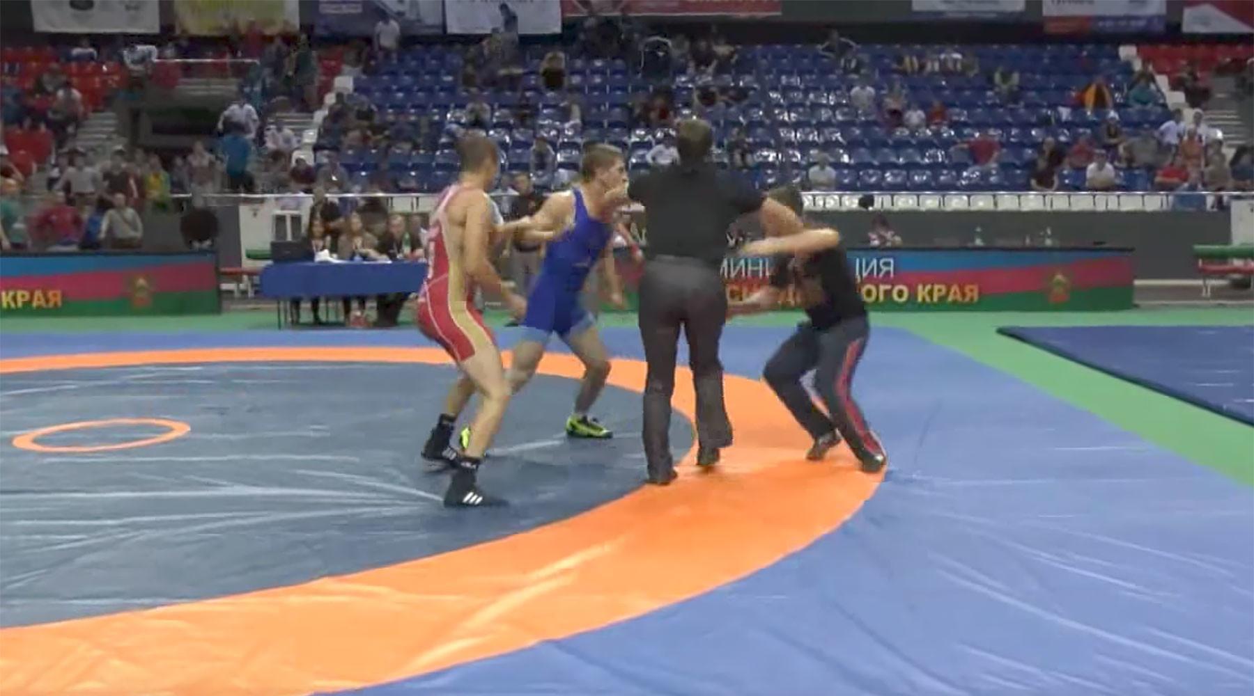 турнир по борьбе памяти призёра Олимпийских игр оказался омрачён потасовкой»