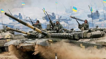 Военные учения в учебном центре сухопутных войск Украины вблизи Гончаровского Черниговской области, Украина