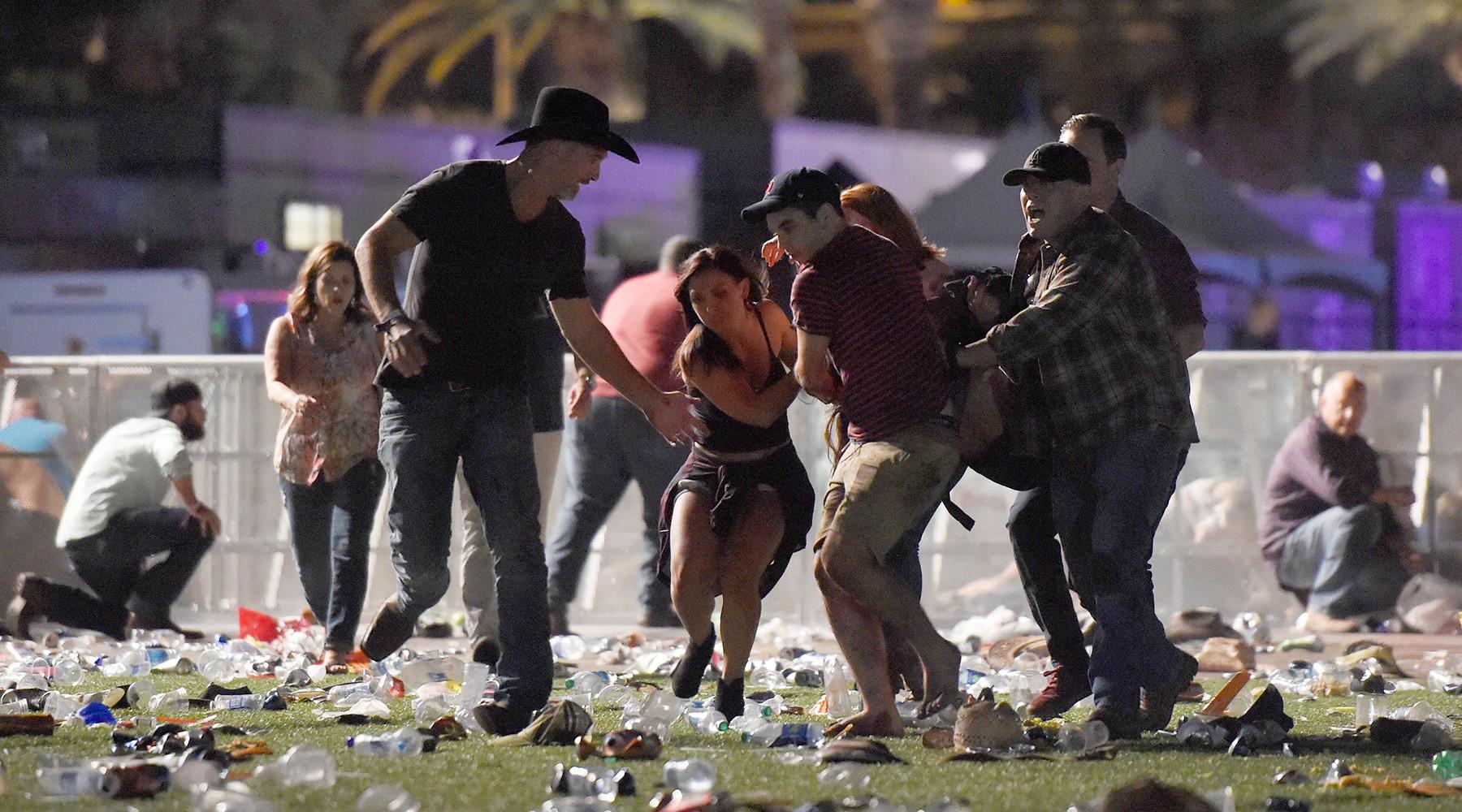 Бойня в Лас-Вегасе: не мене 20 человек погибли в результате стрельбы на музыкальном фестивале
