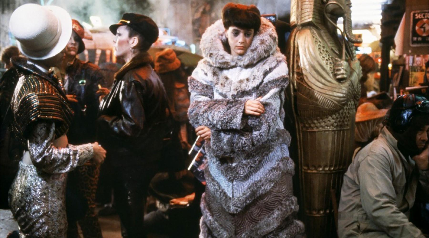 Фильм «Бегущий полезвию 2049» вышел впрокат