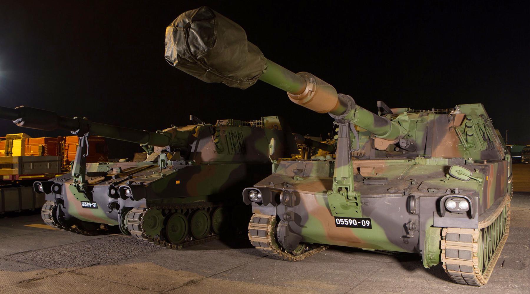 Армейский секонд-хэнд: зачем Латвия закупила подержанные самоходные гаубицы