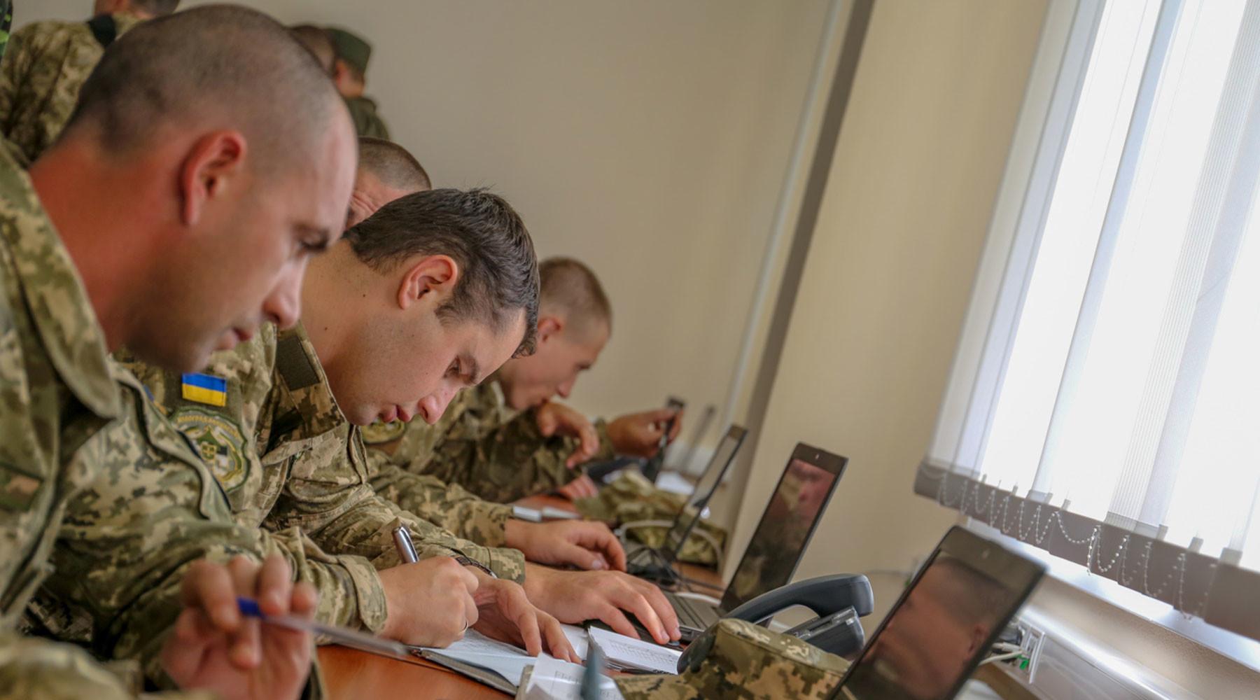 Пентагон внедряет компьютерную систему безопасности в Минобороны Украины»