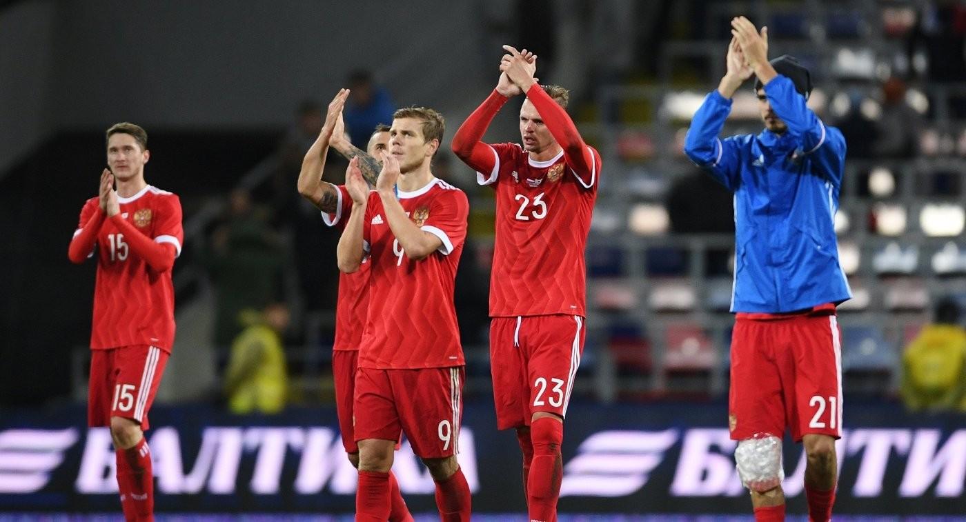 «Спасибо сопернику за автоголы»: тренер и игроки сборной России рассказали подробности победного матча с Южной Кореей