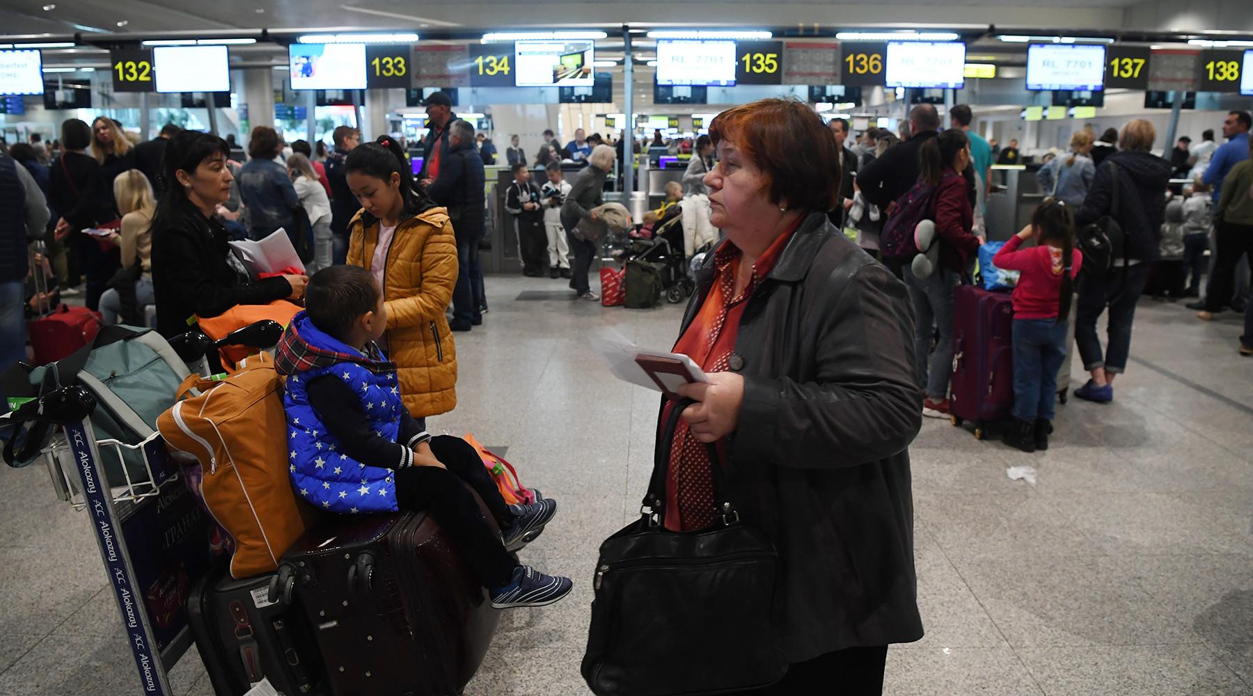 Как уход «ВИМ-авиа» с рынка отразится на туристах