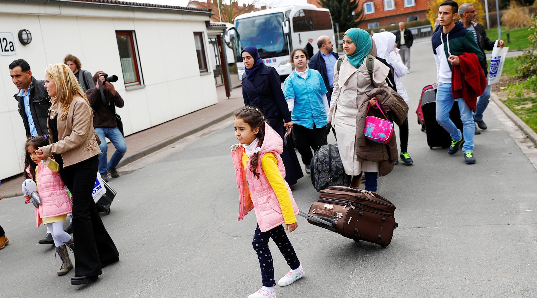 Меркель сообщила о вводе лимита на беженцев