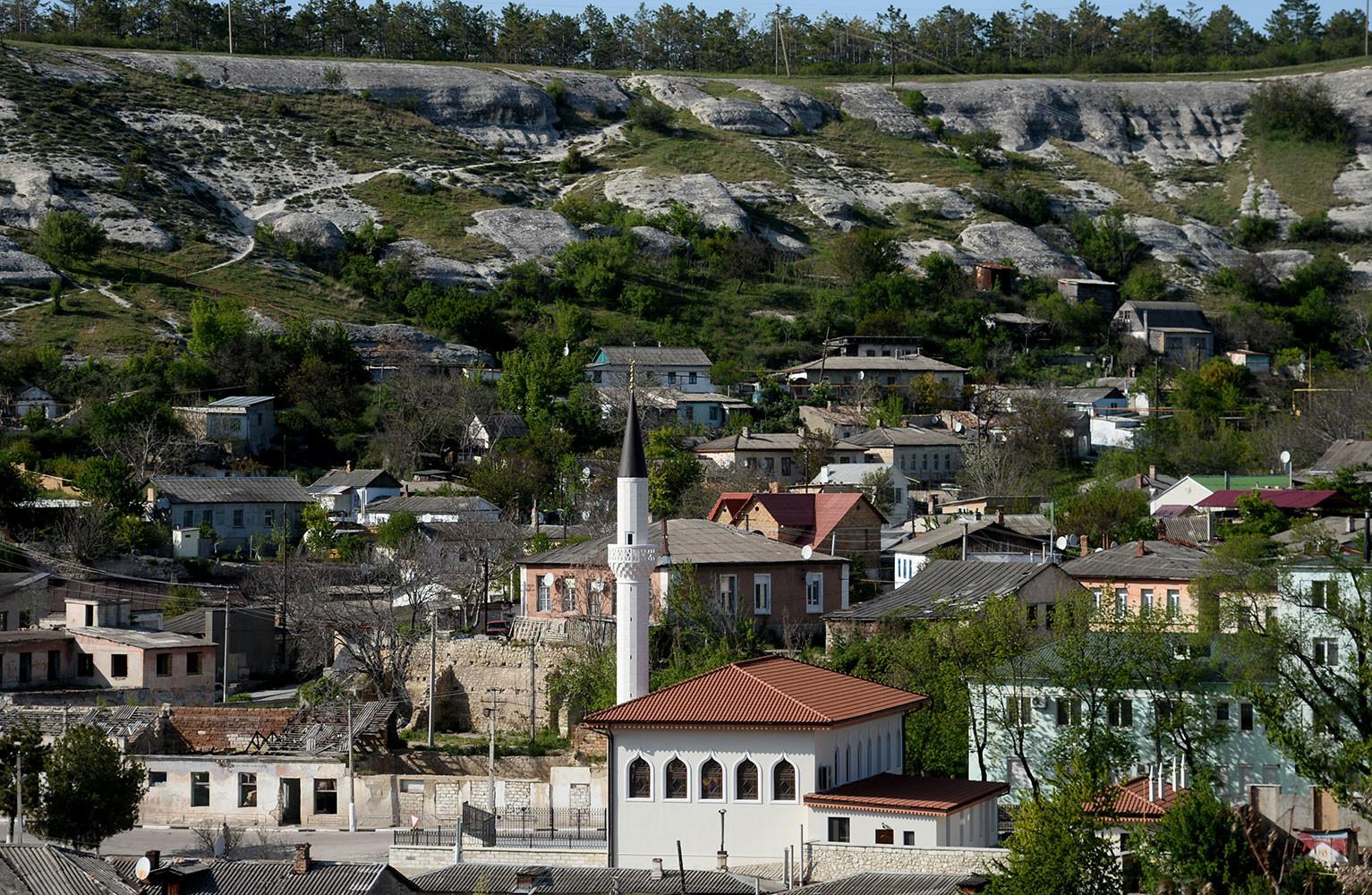 ФСБ пресекла деятельность ячейки «Хизб ут-Тахрир» в Крыму»