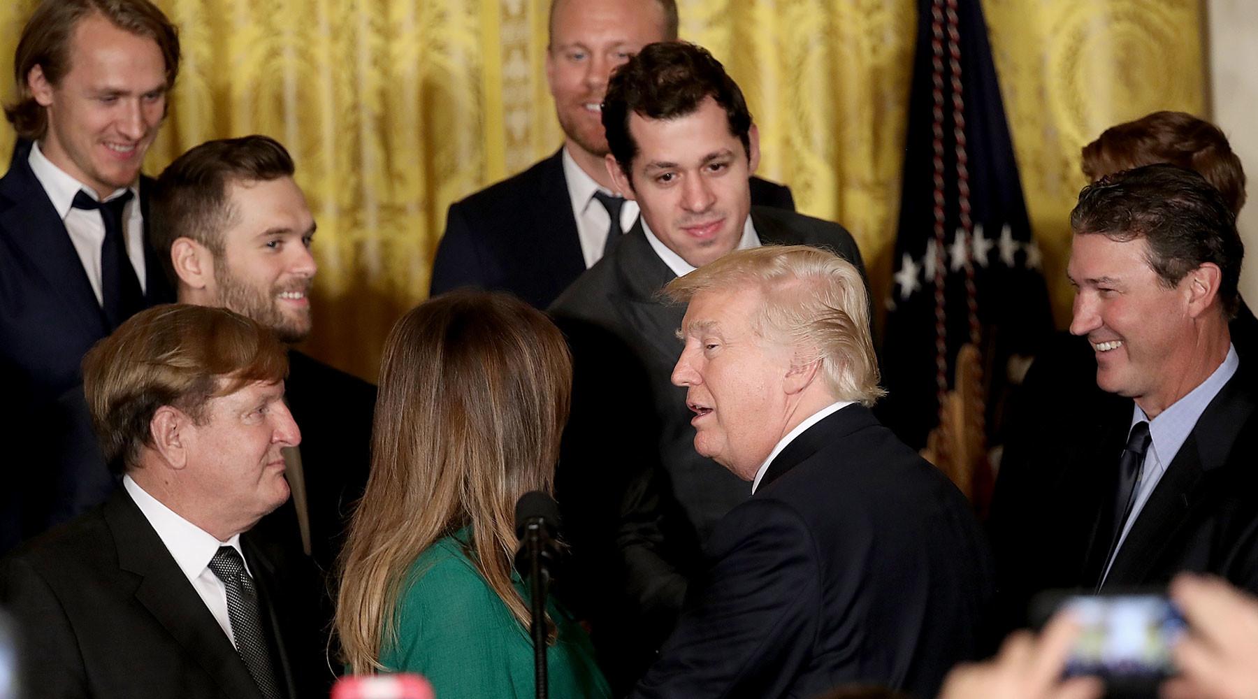 Трамп принял в Белом доме хоккеиста Малкина и его команду «Питтсбург»»