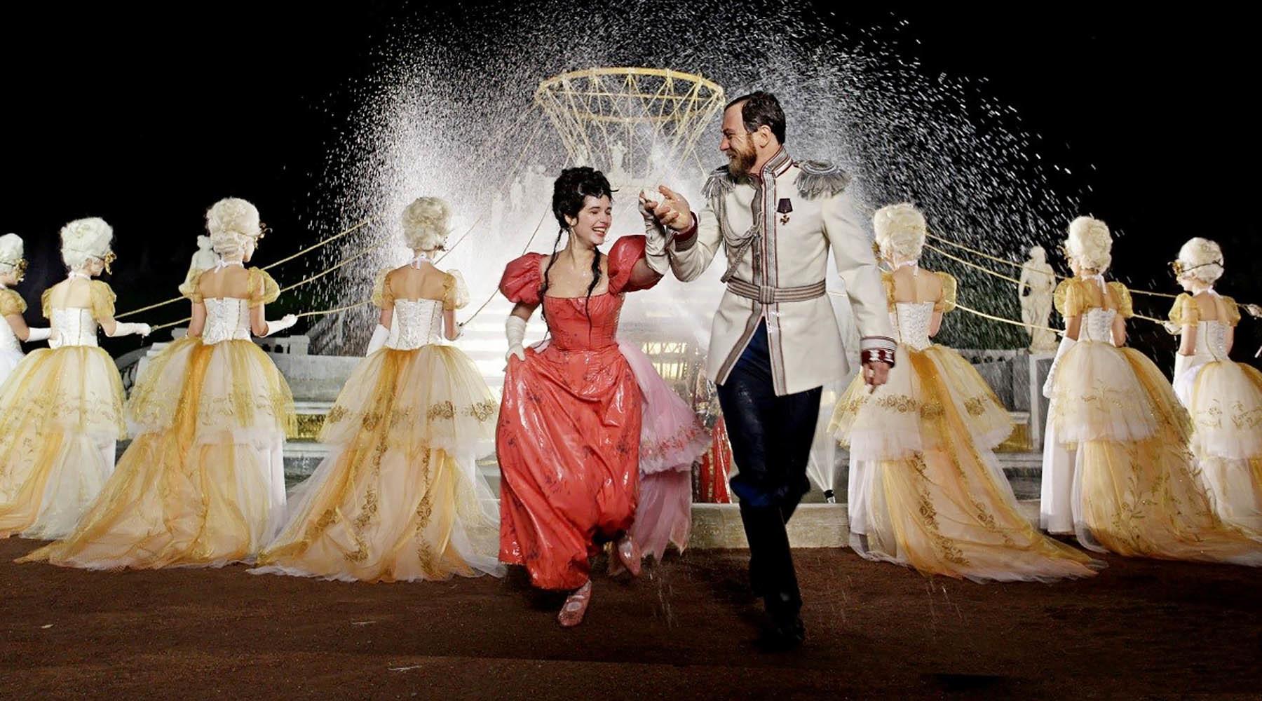 Любовь, балет и 7 тысяч костюмов: о чём фильм Алексея Учителя «Матильда» и стоит ли его смотреть