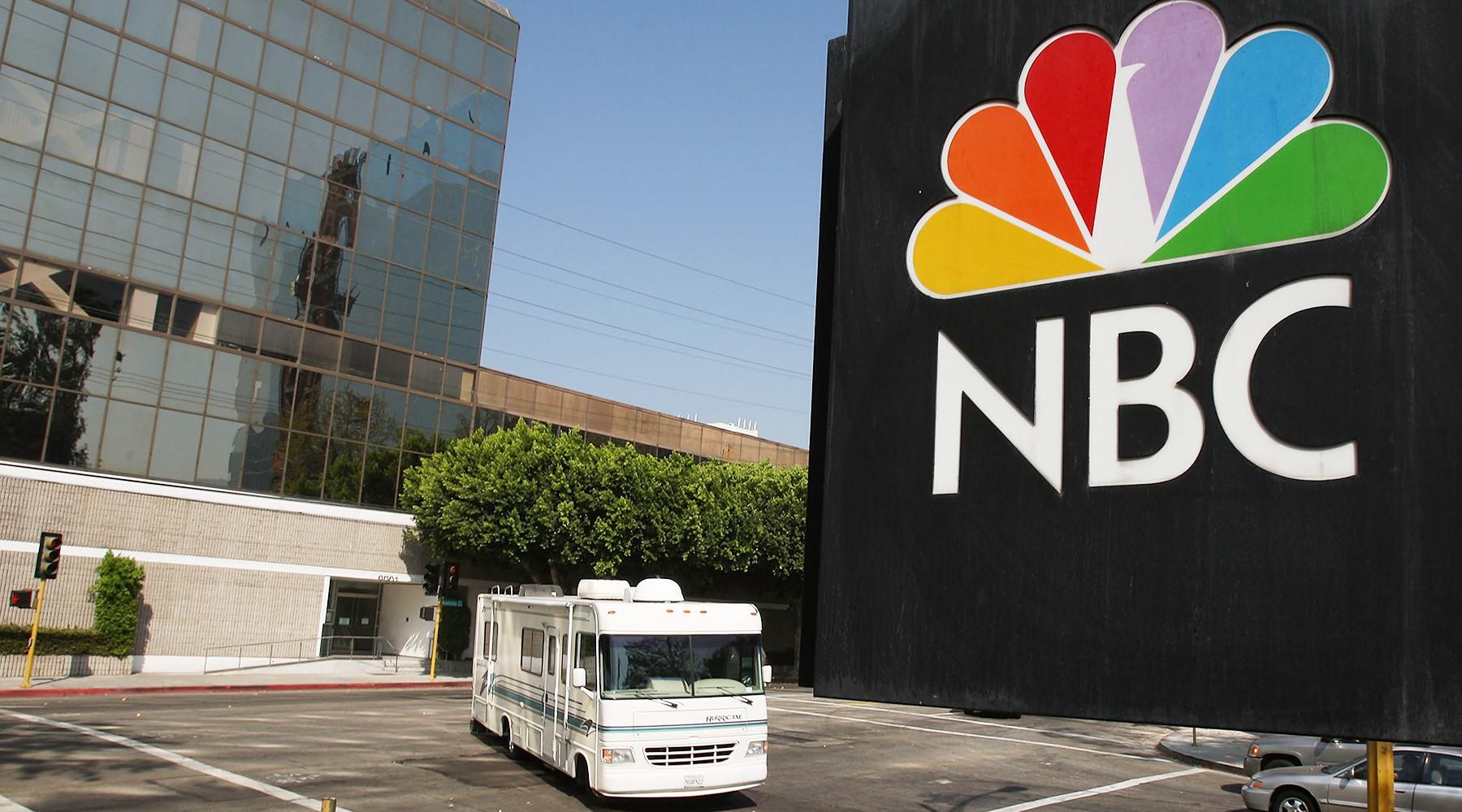 Трамп раскрыл правду олживости 2-х  объявлений  — NBC против CNN