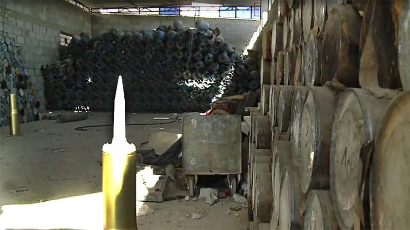 «Склады с оружием были просто огромные»: эксклюзивные кадры RT из освобождённого сирийского Аль-Маядина