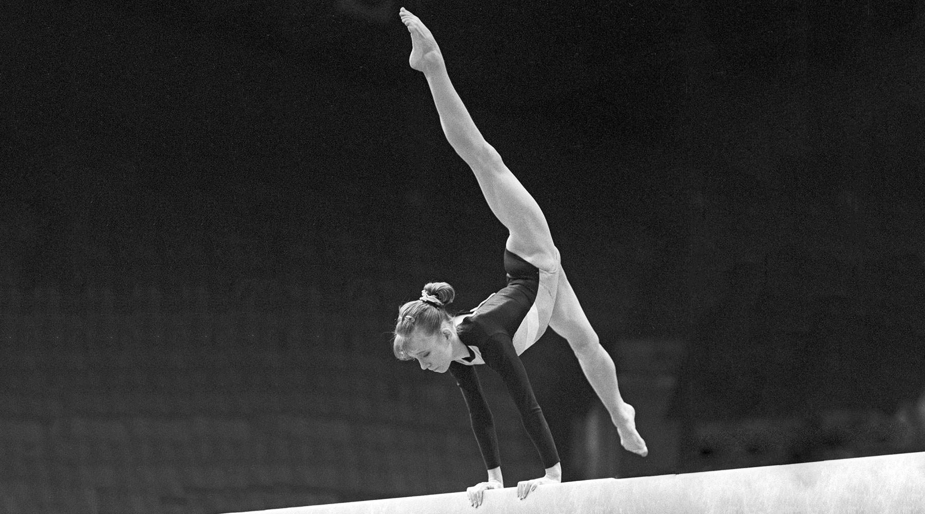 чемпионка ОИ по гимнастике обвинила в изнасиловании партнёра по сборной спустя 26 лет»