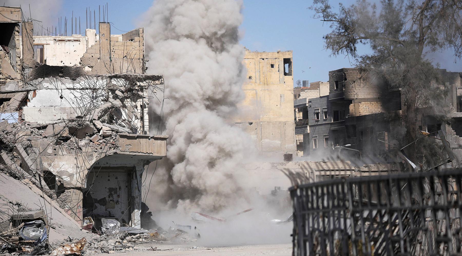 США бомбили сирийскую Ракку, как Дрезден в1945-м— МинобороныРФ