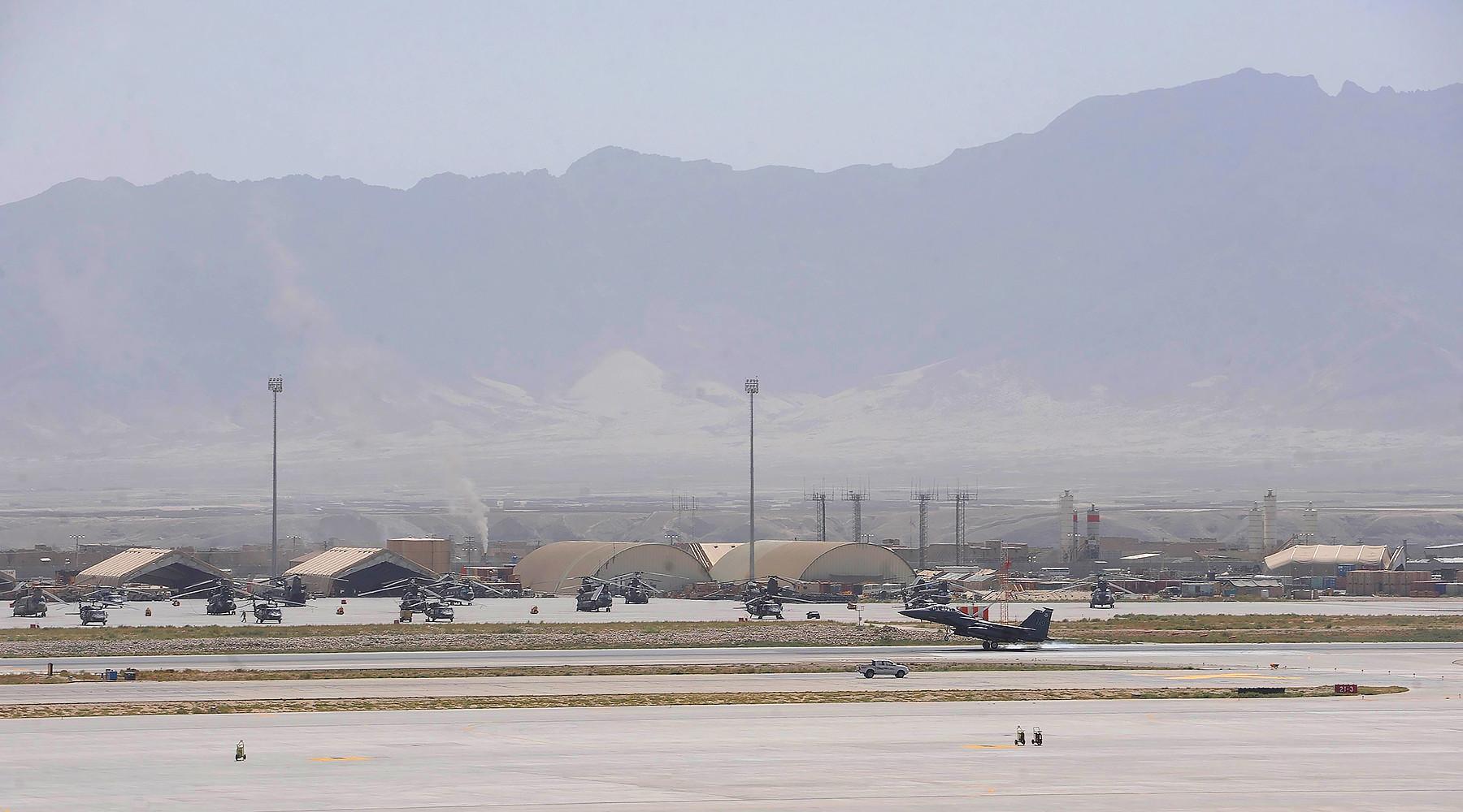 зачем афганские власти «стёрли» часы на фото со втречи Тиллерсона и Гани