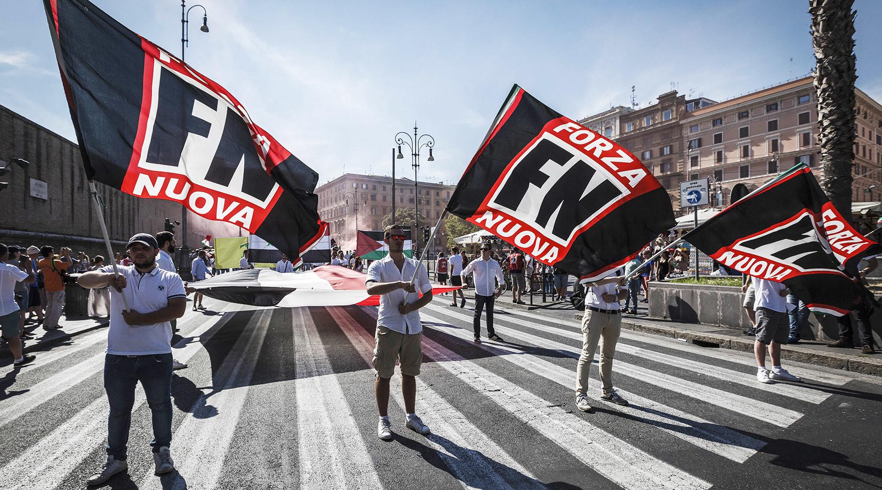 Как итальянские фашисты создали первое тоталитарное государство в истории
