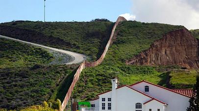 Граница Мексики и США. Тихуана