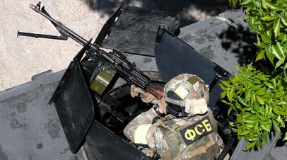 «Запрещённая литература и отчёты о вербовке»: ФСБ задержала в Татарстане восемь боевиков «Хизб ут-Тахрир» - «Россия»