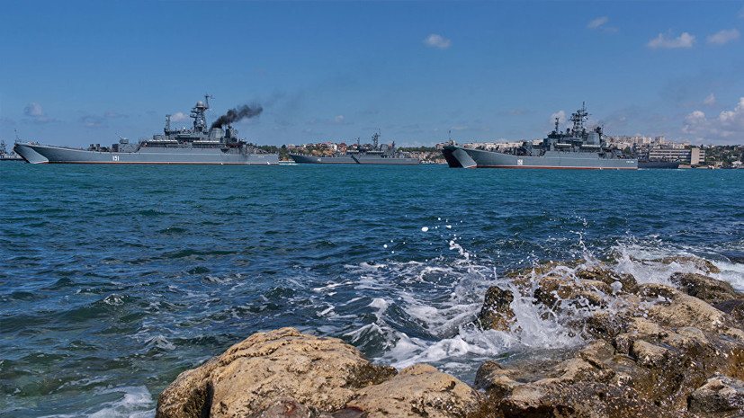 «Расширение военного присутствия»: в Крыму создана самодостаточная группировка войск