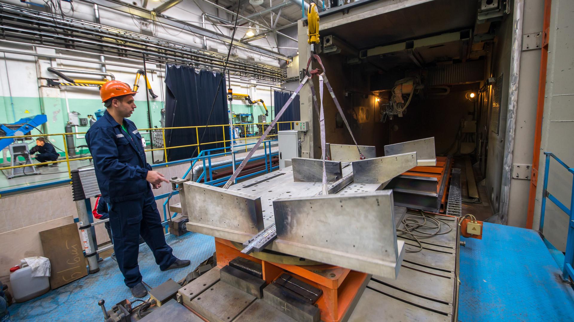 От 3D-принтера до самолёта: в каких отраслях активнее всего используются российские инновации