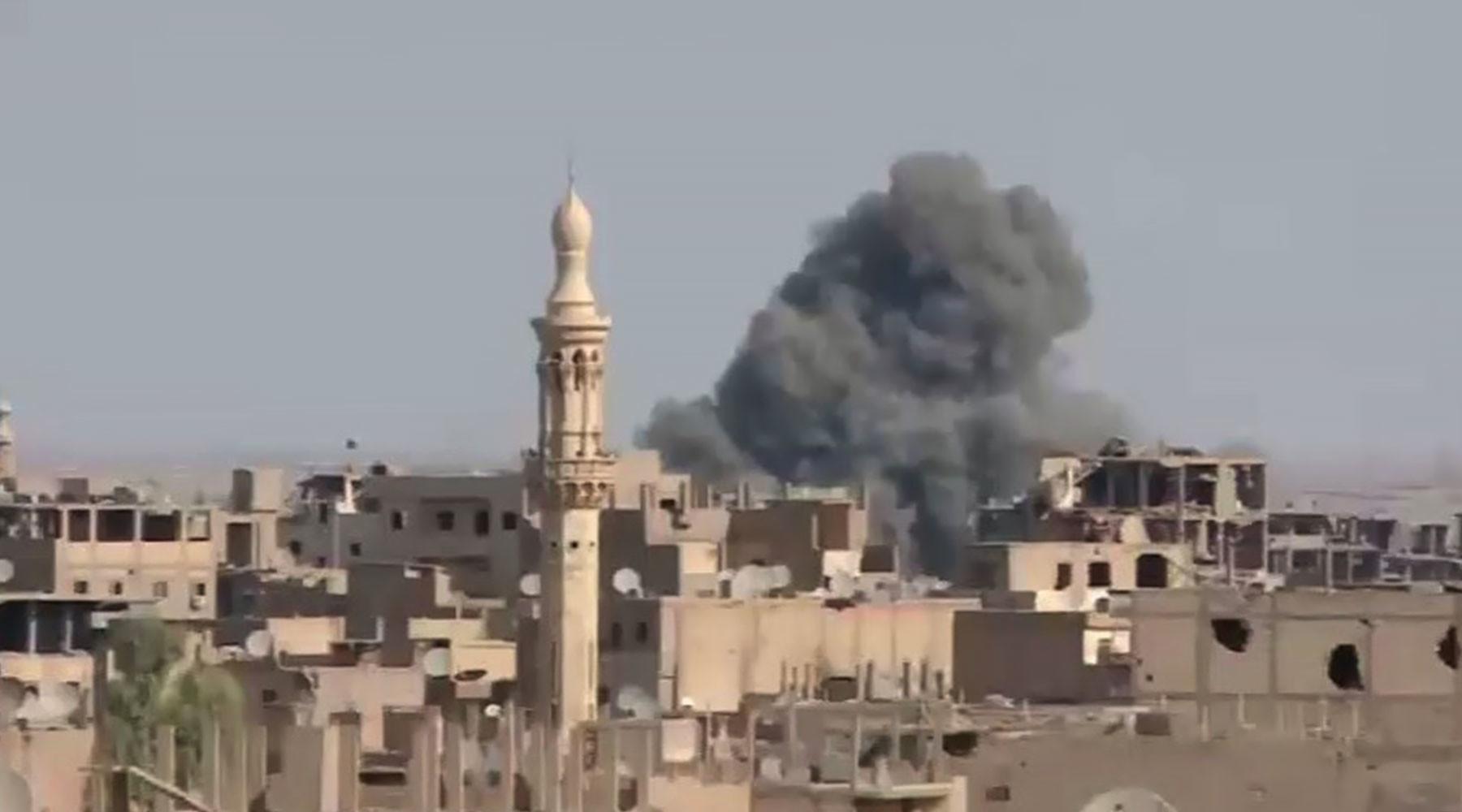 жертвами теракта в Дейр эз-Зоре стали 100 человек»