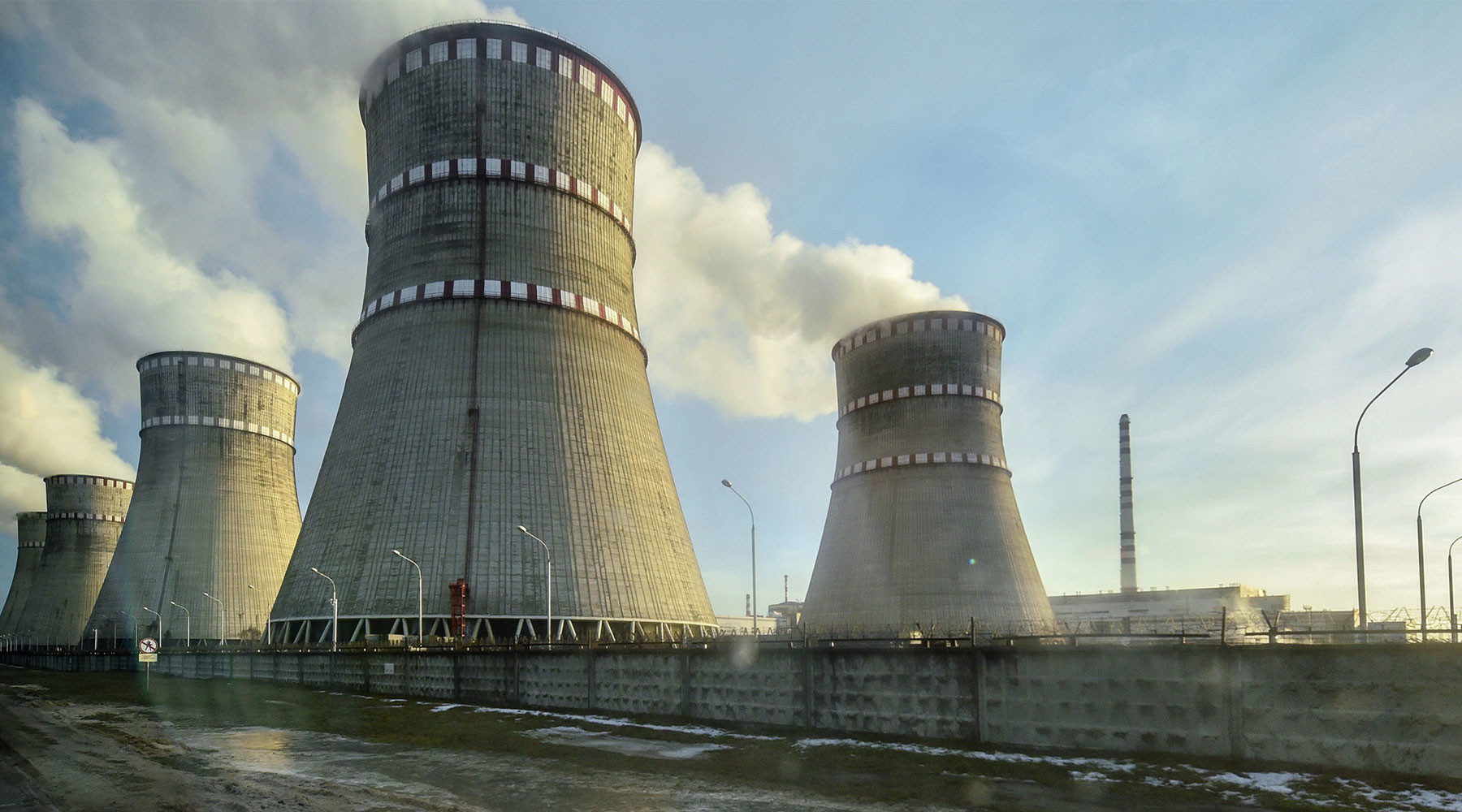 «Небезопасный эксперимент»: к чему может привести появление на Украине американского хранилища для ядерного топлива (ФОТО)